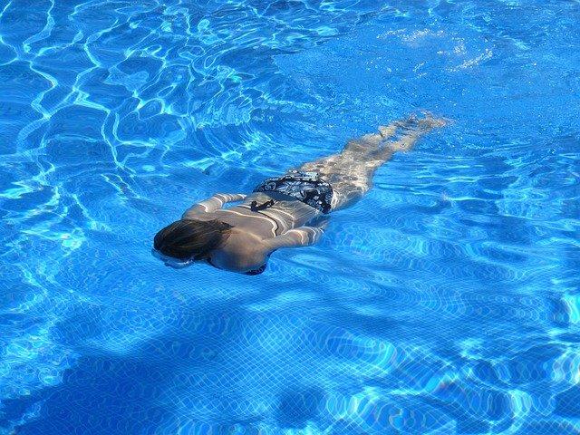 limpiezas económicas piscinas elche